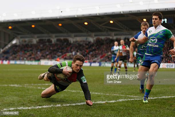Tom Williams of Quins scores his second try during the Heineken Cup match between Harlequins and Connacht Rugby at Twickenham Stoop on January 12...