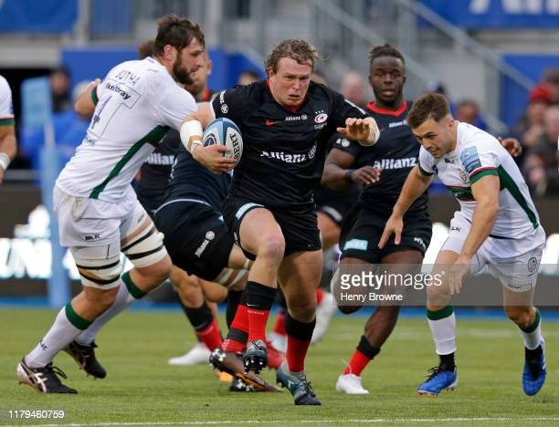Tom Woolstencroft of Saracens makes a run during the Gallagher Premiership Rugby match between Saracens and London Irish at Allianz Park on November...