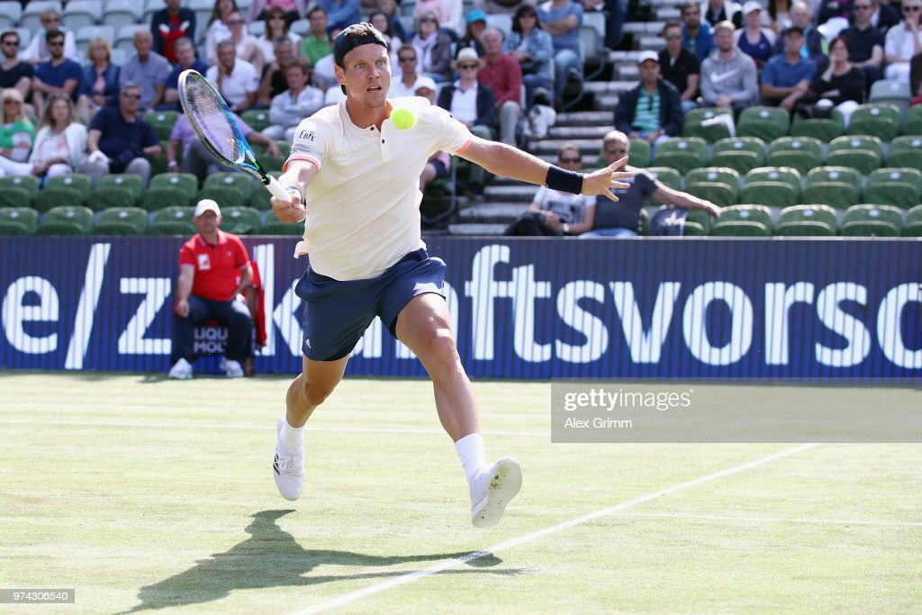 Tomas Berdych of Czech Republic plays a forehand to Benoit Paire of France during day 4 of the Mercedes Cup at Tennisclub Weissenhof on June 14, 2018 in Stuttgart, Germany.