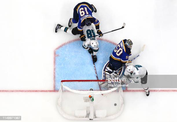 Tomas Hertl of the San Jose Sharks scores a goal on Jordan Binnington of the St Louis Blues during the third period in Game Four of the Western...