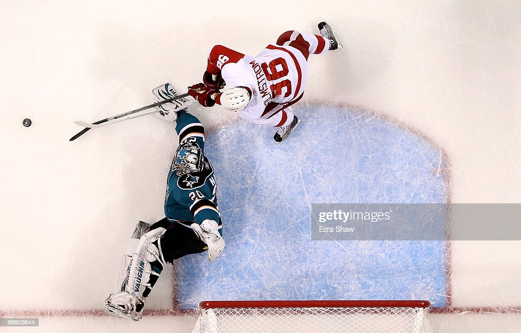Detroit Red Wings v San Jose Sharks - Game Two