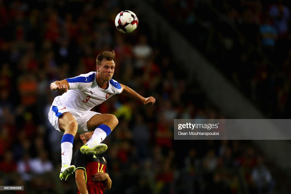 Tomas Kalas of the Czech Republic heads the ball away from Dries Mertens of Belgium during the International Friendly match between Belgium and Czech Republic at Stade Roi Baudouis on June 5, 2017 in Brussels, Belgium.