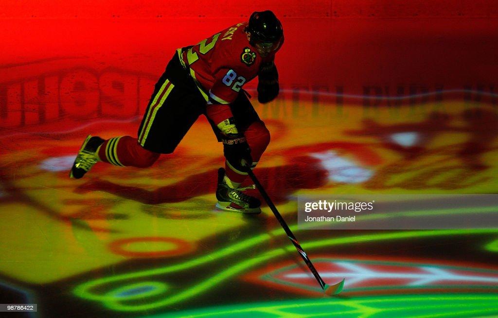Vancouver Canucks v Chicago Blackhawks - Game One