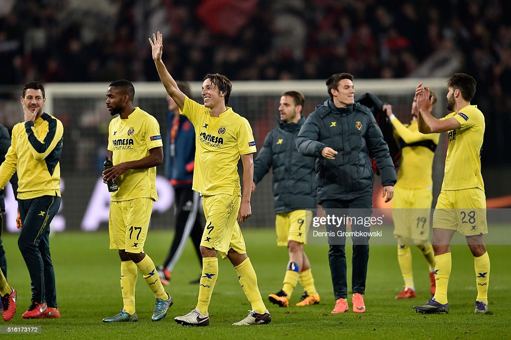 Tomas Pina of Villarreal (4) celebrates an aggregate victory with team mates after the UEFA Europa League round of 16, second leg match between Bayer Leverkusen and Villarreal CF at Bay Arena on March 17, 2016 in Leverkusen, Germany.