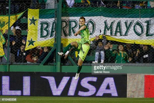 Tomas Pochettino of Defensa y Justicia celebrates after scoring the first goal of his team during a match between Defensa y Justicia and River Plate...