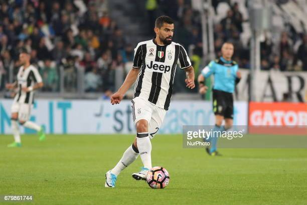 Tomas Rincon in action during the Serie A football match between Juventus FC and Torino FC at Juventus Stadium on may 06 2017 in Turin Italy