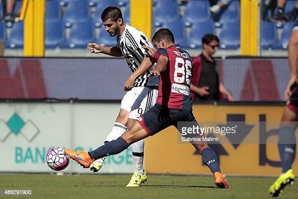 Tomas Rincon of Genoa CFC battles for the ball with Alvaro Morata of Juventus FC during the Serie A match between Genoa CFC and Juventus FC at Stadio...