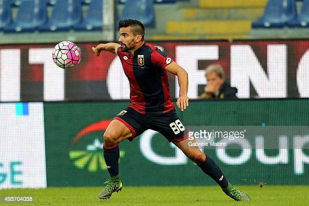 Tomas Rincon of Genoa CFC in action during the Serie A match between Genoa CFC and AC Chievo Verona at Stadio Luigi Ferraris on October 18 2015 in...