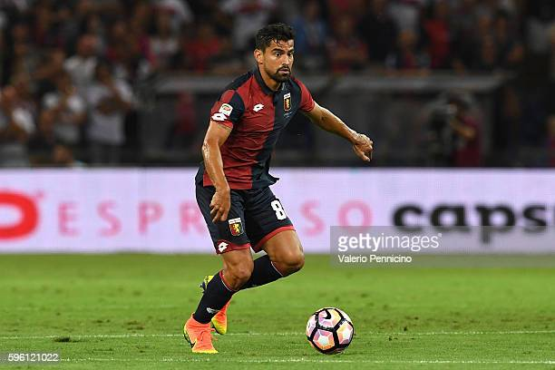Tomas Rincon of Genoa CFC in action during the Serie A match between Genoa CFC and Cagliari Calcio at Stadio Luigi Ferraris on August 21 2016 in...
