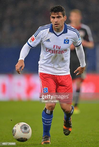 Tomas Rincon of Hamburg in action during the Bundesliga match between Hamburger SV and Bayer Leverkusen at Imtech Arena on April 4 2014 in Hamburg...
