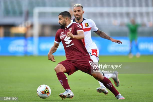 Tomas Rincon of Torino FC in action against Valon Behrami of Genoa CFC during the Serie A match between Torino FC and Genoa CFC at Stadio Olimpico di...