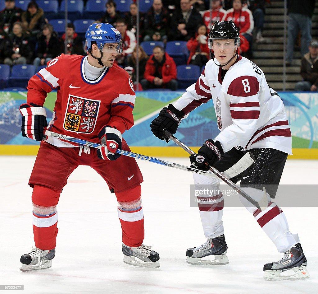 Ice Hockey - Day 12
