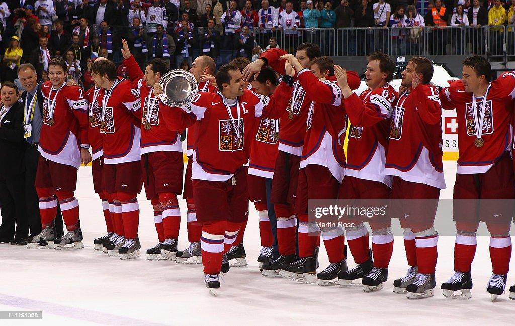 Czech Republic v Russia - 2011 IIHF World Championship