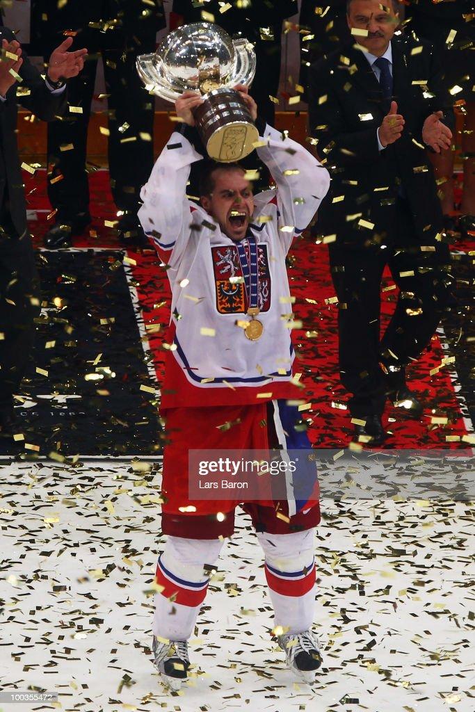 Russia v Czech Republic - 2010 IIHF World Championship