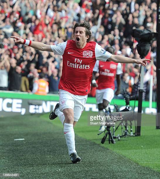 Tomas Rosicky celebrates scoring the 3rd Arsenal goal during the Barclays Premier League match between Arsenal and Tottenham Hotspur at Emirates...