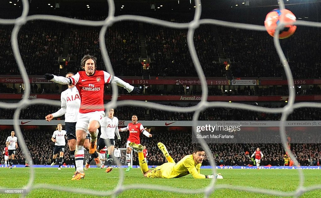 Arsenal v Tottenham Hotspur - FA Cup Third Round : ニュース写真