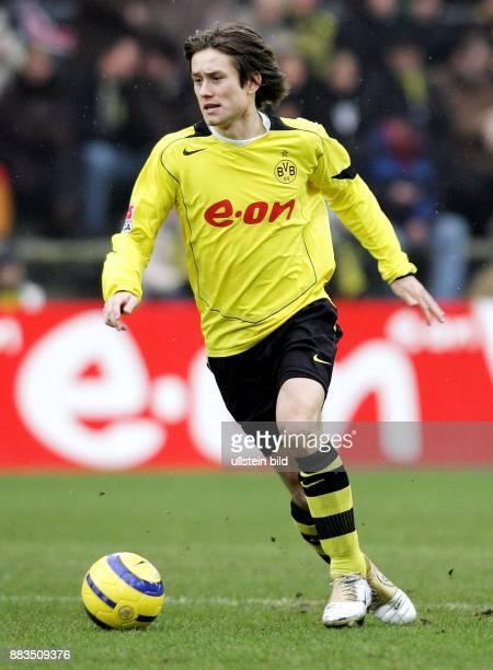 Tomas ROSICKY Mittelfeldspieler Borussia Dortmund Tschechien in Aktion am Ball