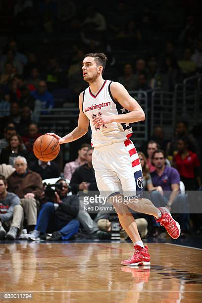 Tomas Satoransky of the Washington Wizards drives to the basket against the Memphis Grizzlies during the game on January 18 2017 at Verizon Center in...