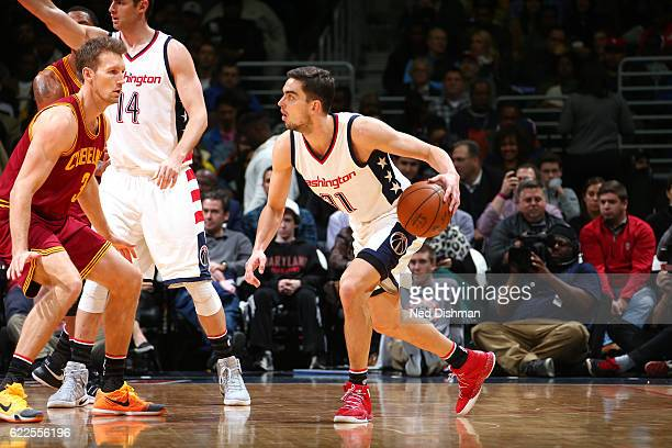Tomas Satoransky of the Washington Wizards handles the ball during the game against the Cleveland Cavaliers on November 11 2016 at Verizon Center in...