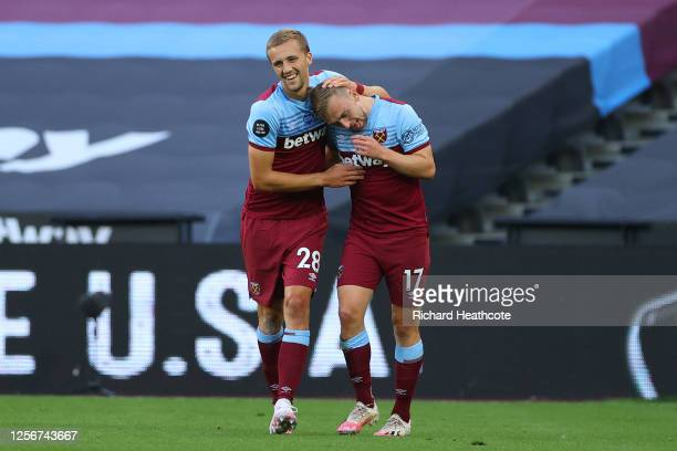 Tomas Soucek of West Ham United celebrates with teammate Jarrod Bowen of West Ham United after scoring his team's second goal during the Premier...