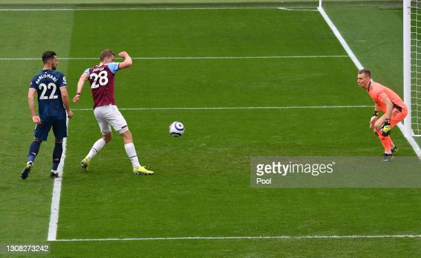 Tomas Soucek of West Ham United scores their side's third goal past Bernd Leno of Arsenal during the Premier League match between West Ham United and...