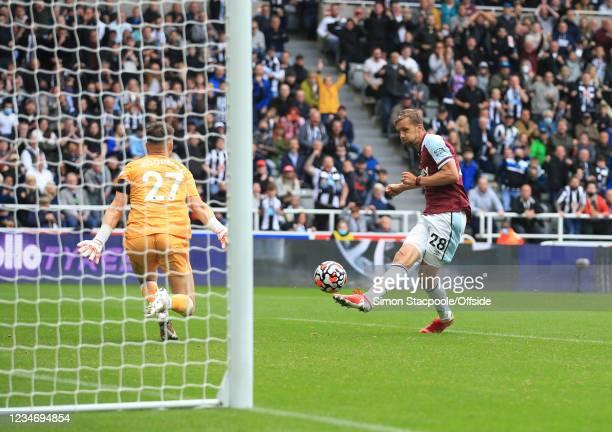 Tomas Soucek of West Ham United scores their third goal during the Premier League match between Newcastle United and West Ham United at St. James'...