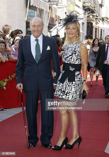 Tomas Terry Carmen Lomana attend the wedding of Pastora Soler and Francis Vinolo on October 17 2009 in Seville Spain