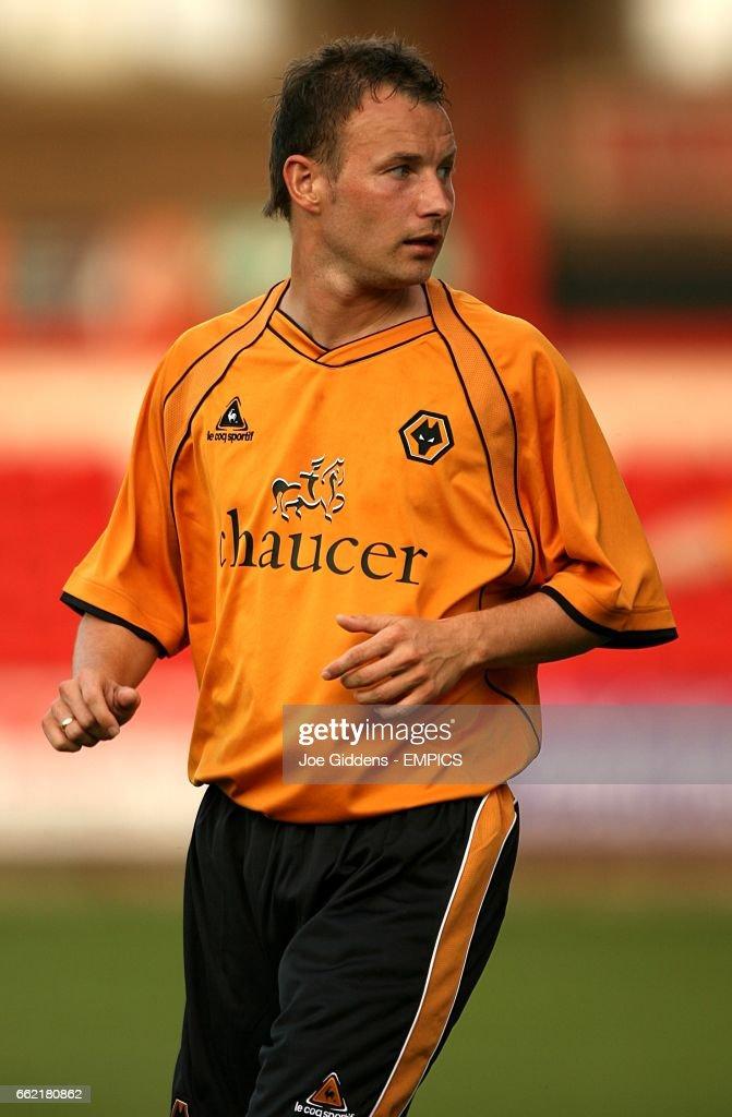 Soccer - Friendly - Crewe Alexandra v Wolverhampton Wanderers - Gresty Road : News Photo