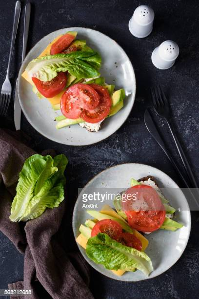 Tomato, cheese and lettuce sandwhiches