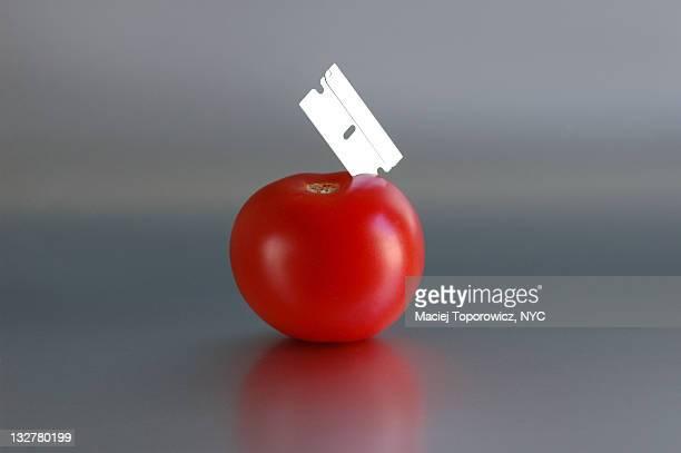 Tomato with razer