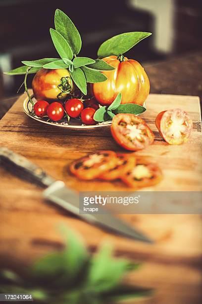 Tomaten und Salbei