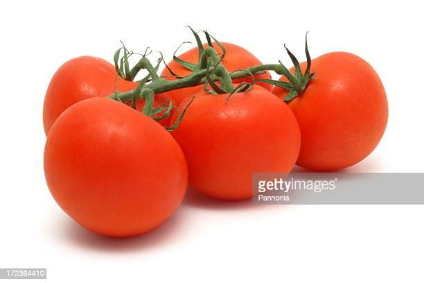 Tomates sur blanc
