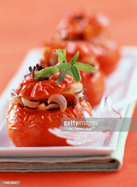 Tomatoes stuffed with mushrooms