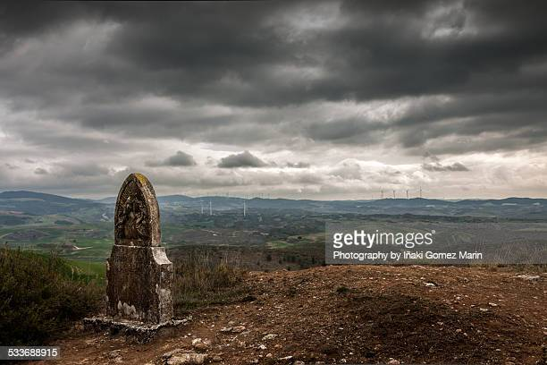 tomb at the top of the mountain - iñaki mt stock photos and pictures