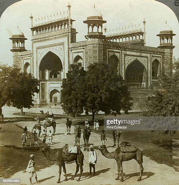Tomb of Akbar Sikandarah Uttar Pradesh India c1900s Stereoscopic card The third Mughal emperor of India Akbar reigned from 1556 until his death