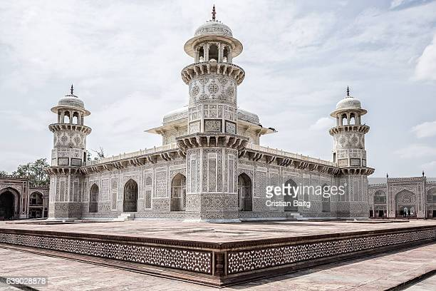 tomb of i'timad-ud-daulah or baby taj in agra india - tomb stock pictures, royalty-free photos & images
