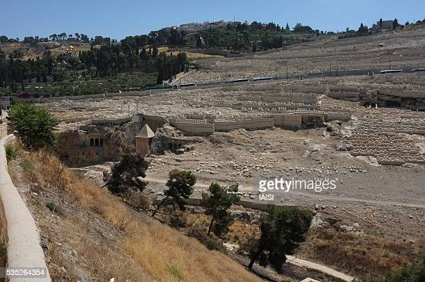 tomb of prophet zechariah and bnei hazir tomb, in the kidron valley, jerusalem - mount of olives stock photos and pictures