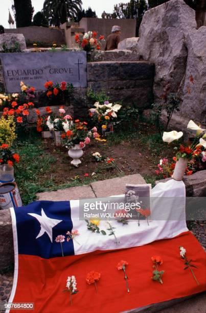 Tombe de Salvador Allende à à Viña del Mar le 25 septembre 1988 Chili