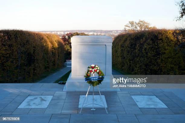 Tombe du soldat inconnu dans le cimetière national d'Arlington Virginie EtatsUnis