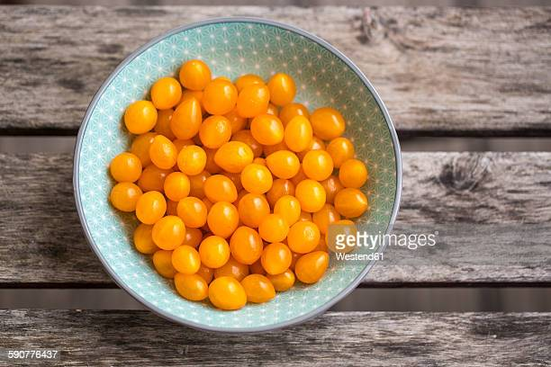 Tomberries in bowl