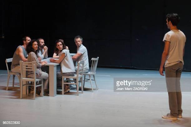 'Tombouctou Deja Vu' une pièce chorégraphiée par Emmanuelle VoDinh également directrice du Phare Centre Chorégraphique National du Havre...