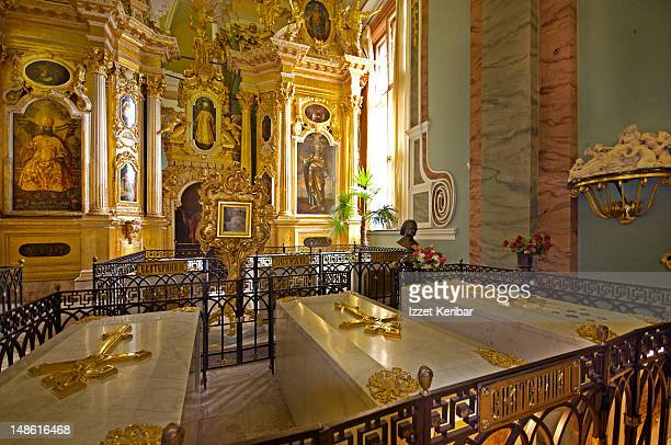 tombs of peter the great, catherine the great and grand duchess elisabeth, in peter and paul cathedral. - grand duchess stock pictures, royalty-free photos & images