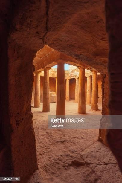 tombs of the kings in cyprus - isola di cipro foto e immagini stock