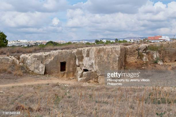 tombs of the kings, paphos, cyprus - パフォス考古学公園 ストックフォトと画像