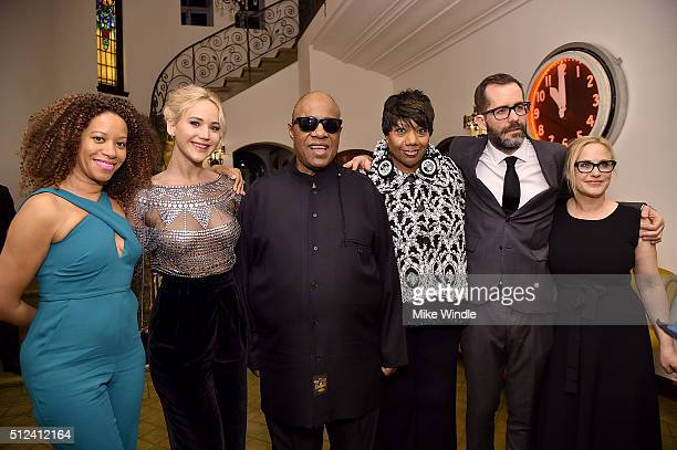 Tomeeka Robyn Bracy Jennifer Lawrence Stevie Wonder Denise Mitchum Eric White and Patricia Arquette attend The Dinner For Equality cohosted by...