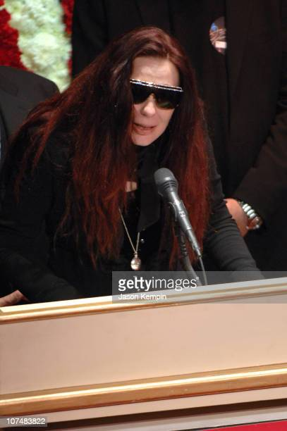 Tomi Rae Hynie James Brown's widow during James Brown Viewing At The Apollo Theater December 28 2006 at The Apollo Theater in New York City New York...