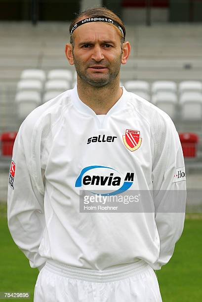 Tomislav Piplica poses during the Bundesliga 2nd Team Presentation of FC Energie Cottbus on July 13 2007 in Jena Germany