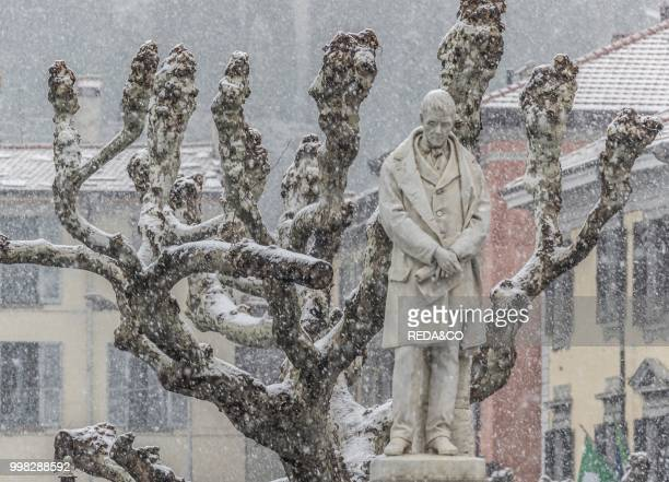 Tommaso Grossi monumentBellano eastern shore of Lake Como Lombardia Italy Europe Photo by Carlo Borlenghi/REDACO/Universal Images Group via Getty...