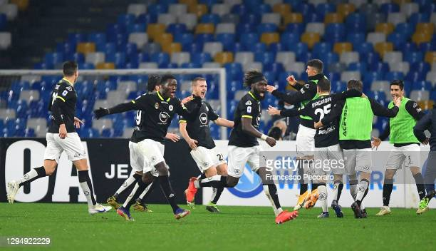 Tommaso Pobega of Spezia celebrates with team mates after scoring their team's second goal during the Serie A match between SSC Napoli and Spezia...