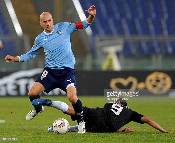 Tommaso Rocchi of Lazio and Amine Chermiti of Zurich in action during the UEFA Europa League group D match between S.S. Lazio and FC Zurich at Stadio...